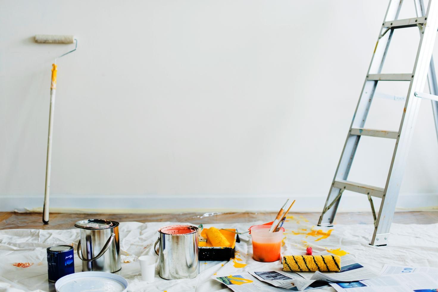 Sienu griovimas, interjero dizainas, remonto darbai
