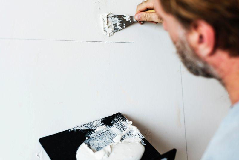 Sienu apsiltinimas is vidaus, daugiabucio renovacija